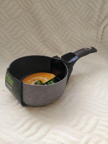 Касерола с незалепващо покрие за готвене почти без мазнина. НОВИ!16см