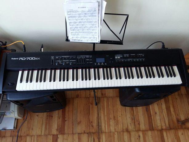 Сценическое фортепиано Roland RD 700sx