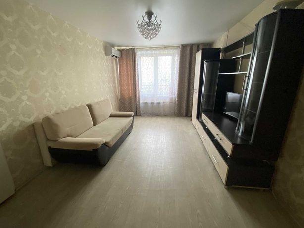 Сдаётся 1 ком. квартира по Кошкарбаева за 75000 тг.