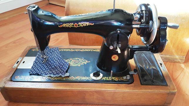 Ручная швейная машинка (Подольск)