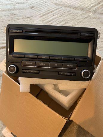 Radio casetofon Passat b6