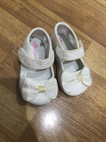 Детский туфли для девочок