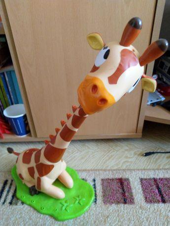 Girafa Twisty cu muzica
