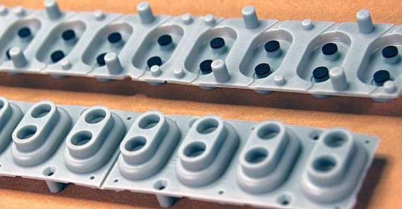 Contacte originale claviatura (gume) pentru orga.
