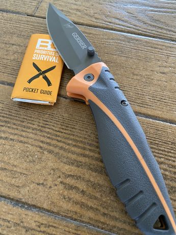 Briceag Bear Grylls Knife Survival / Husa si cutie