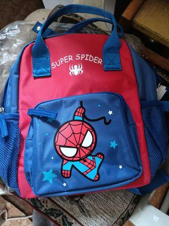 Рюкзак для мальчика не большой, удобный, качественный новый в упаковке
