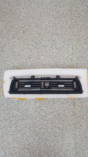 Grila ventilatie centrala BMW Seria 5 F10 F11 F18 520 525 530 535-noua