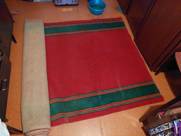 Продам ковёр дорожку 1.45х5.85м.