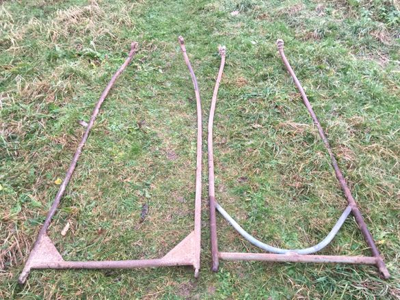2  метални  стръки  за каруца