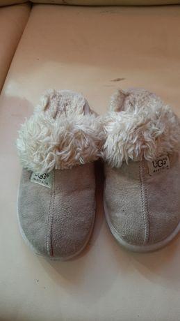 Papuci ugg marimea 33