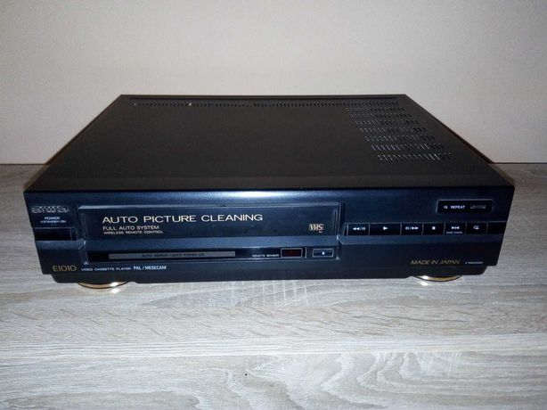 AIWA- VIDEO Cassete Player ( stare perfecta - functional, poze reale)