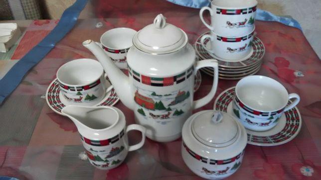 Чайный сервиз из 17 предметов