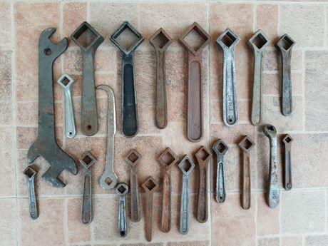 Lot chei fixe scule unelte vechi vintage
