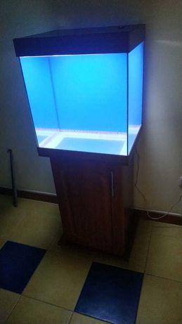 новый аквариум 100 литров с тумбой светом крышкой срочно недорого