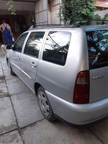 VW Polo 1.4 benzina din 2001