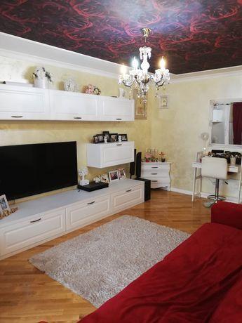 Apartament 3 camere 72450 € sau 75600 € Mobilat!! exclus agenții!!