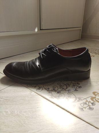 Продам кожанные мужские туфли