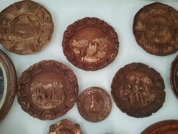 Colectie de farfurii decorative cu specific montan