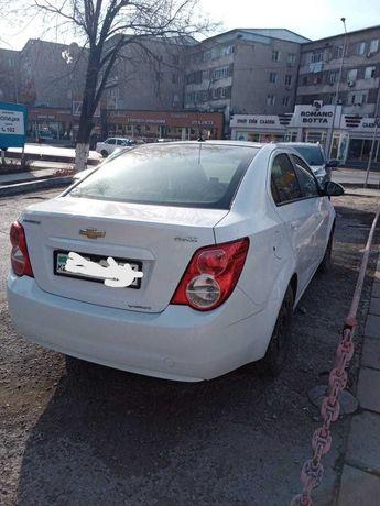 Продам машину Chevrolet Aveo 2014