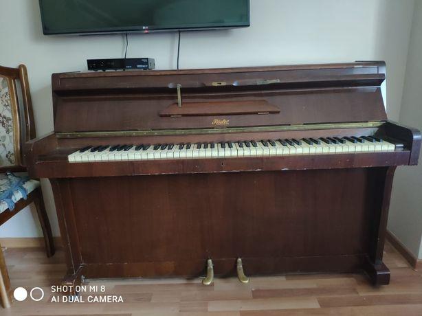 Пианино Rösler хорошо состоянии
