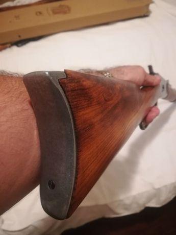 Военна карабина, пушка Winchester mod 92 - 1892. Реплика на легендарна