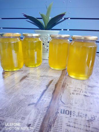 Натурален пчелен мед от производител