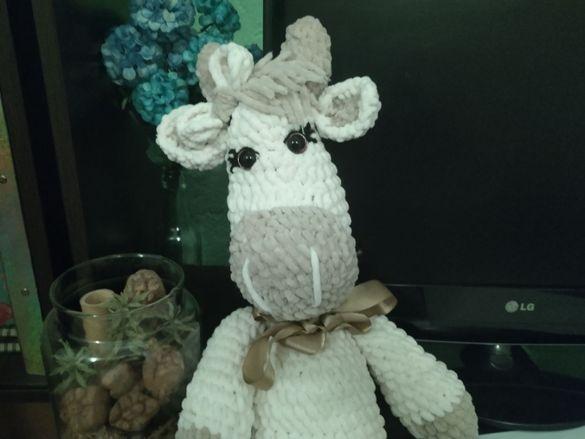Плетена играчка на една кука