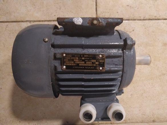 Нов! Асинхронен електродвигател - 2броя
