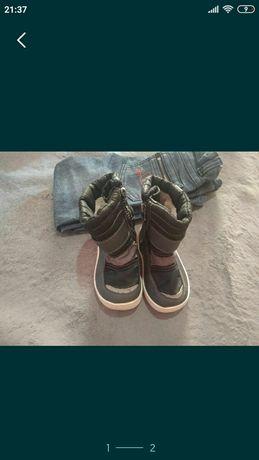 Продам обувь детская 5000тг