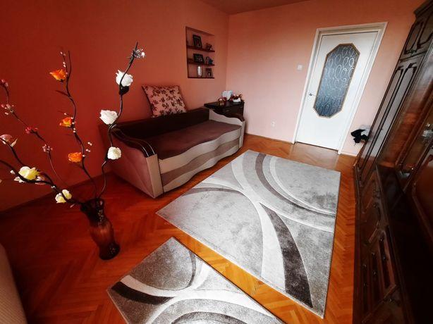 Apartament cu 2 camere + garaj