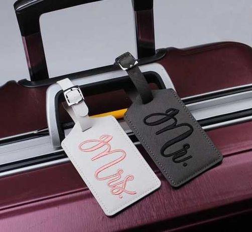 Аксесоари за куфари на младоженци