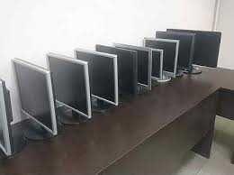 Мониторы от 15 до 27 диагонали для офиса видеонаблюдения  VGA - HDMI