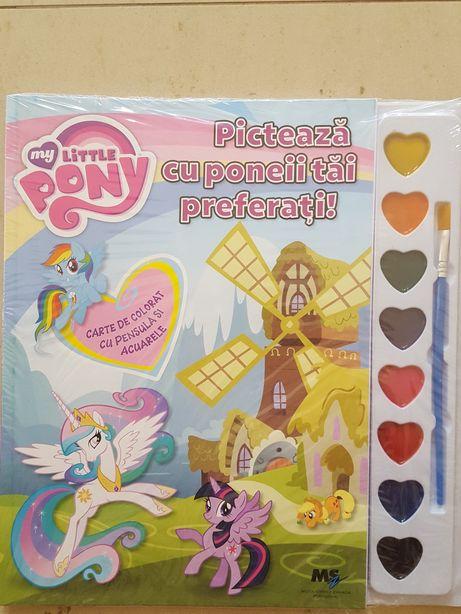 Carte de colorat cu pensula si acuarele My Little Pony