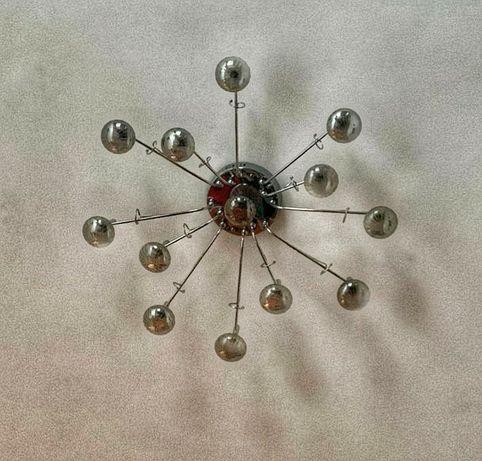 Полилей с халогенни крушки