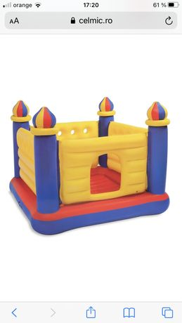Castel gonflabil copiii