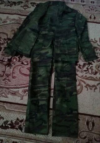 Камуфляж(костюм +брюки).