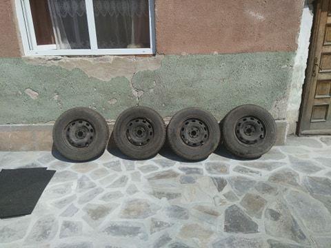 janti tabla cu anvelope 175/80R14 vw + capace