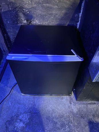 Продам барный мини-холодильник