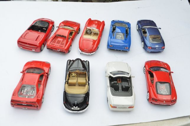 REDUCERI !!! Colectie 9 machete auto diorame scara 18 BMW mercedes for