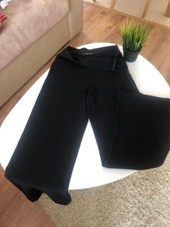 Панталон-колекция Есил Дюран