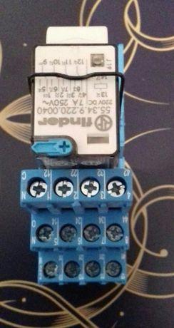 Releu Finder 220V dc
