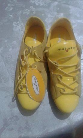 Обувки-нови