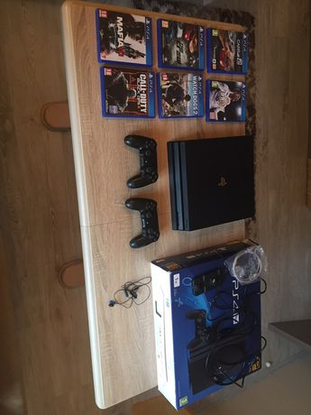 Sony PlayStation 4pro 1TB Jet Black