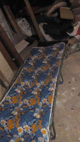 Легла и столве