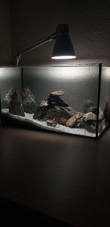 Vând acvariu, 50l ,+accesorii, complet -pietre -nisip
