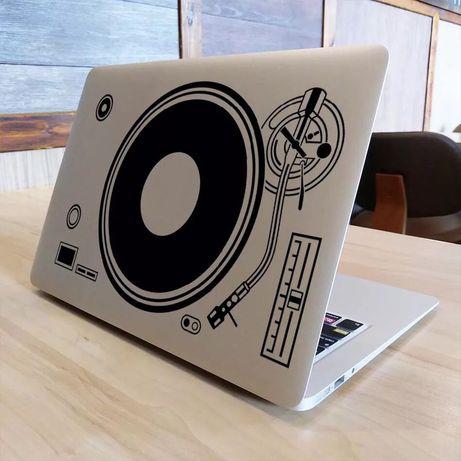 Виниловая наклейка для Apple Macbook