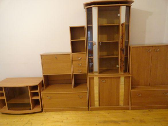 Обзавеждане за хол ,дневна секция мека мебел,скрин дивани маси ,столов