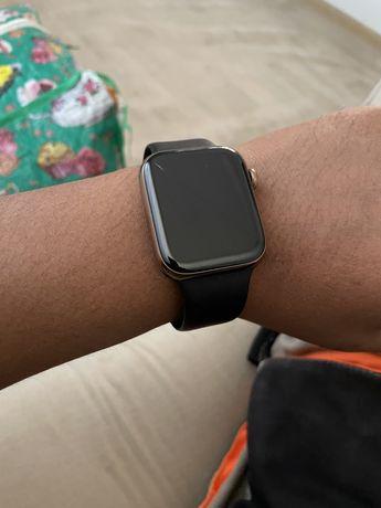 Смарт-часы Apple Watch SE 40mm Gold Aluminium