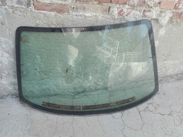 Задно стъкло ауди 100,А6 седан