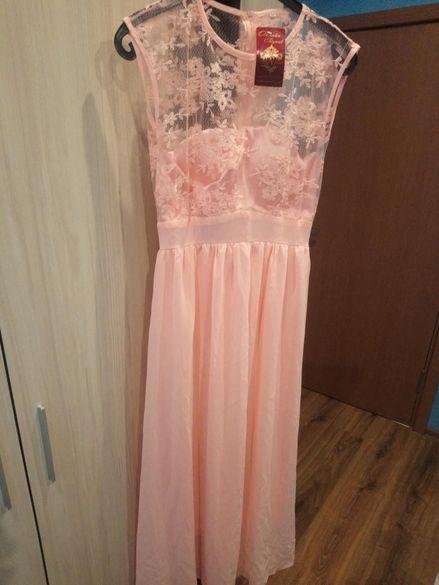 Официална рокля размер М